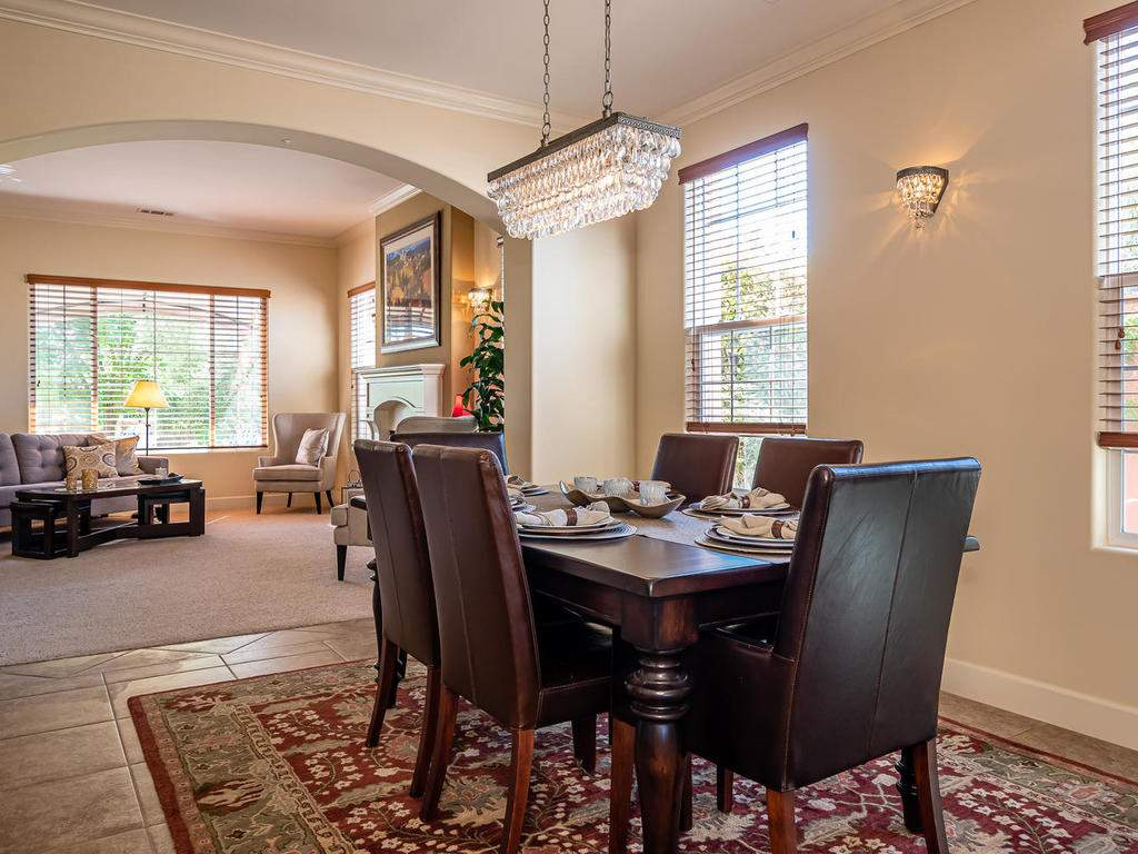 967-Vista-Cerro-Dr-Paso-Robles-012-013-Dining-RoomFamily-Room-MLS_Size
