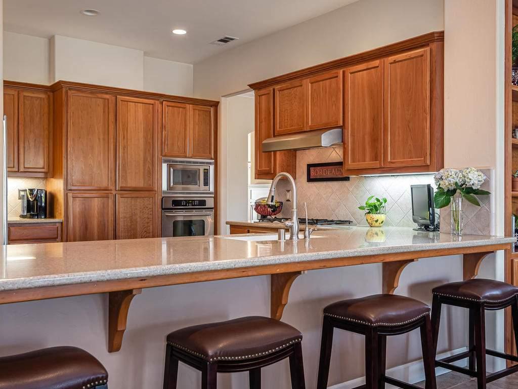 967-Vista-Cerro-Dr-Paso-Robles-013-015-Kitchen-MLS_Size