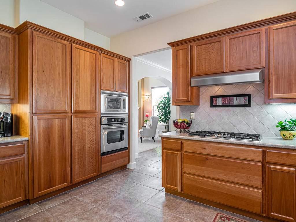967-Vista-Cerro-Dr-Paso-Robles-014-014-Kitchen-MLS_Size