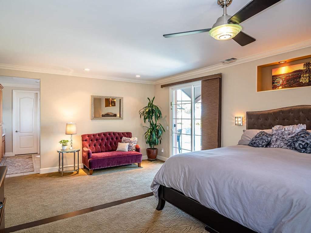 967-Vista-Cerro-Dr-Paso-Robles-020-019-Master-Suite-MLS_Size